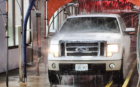 Squeaky Clean Tunnel And Self Serve Car Wash Oil Change And Dog Wash